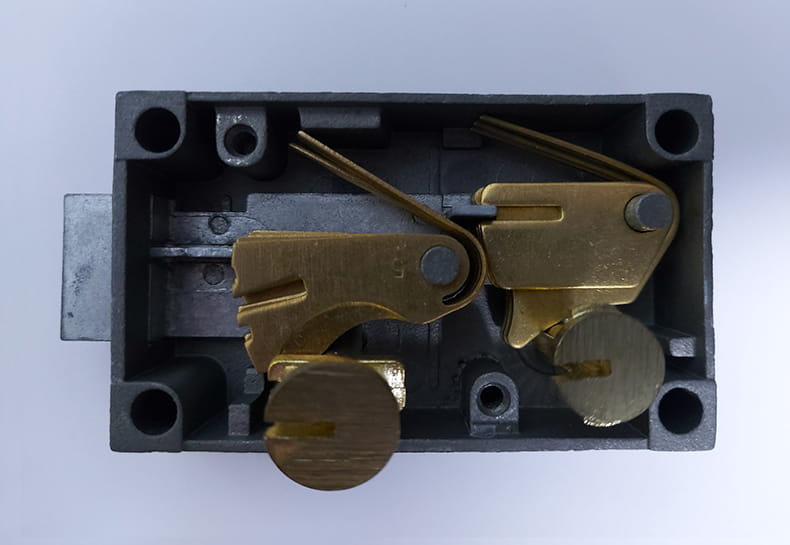 fixed safe deposit lock